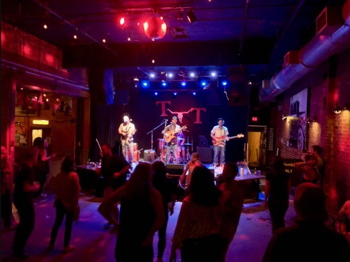 LIVE music at your restaurant